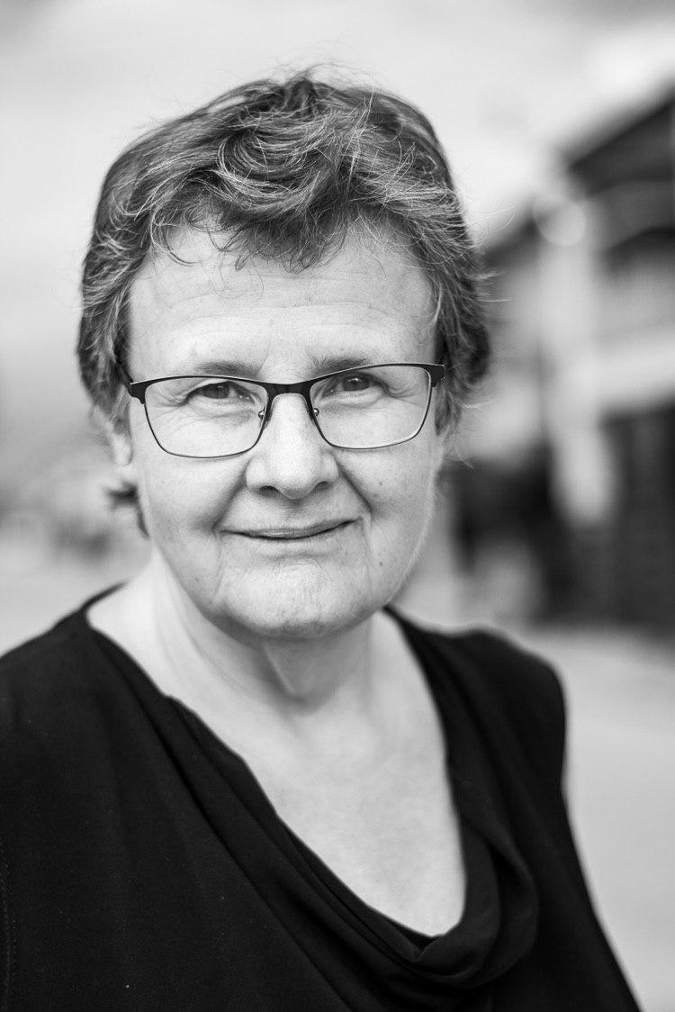 Margaret Simons | Media
